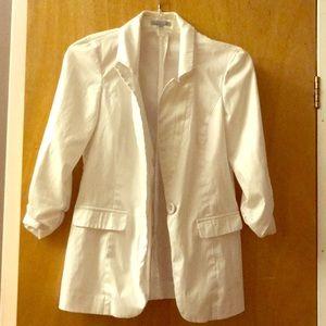 💲5/$25 white blazer 💲